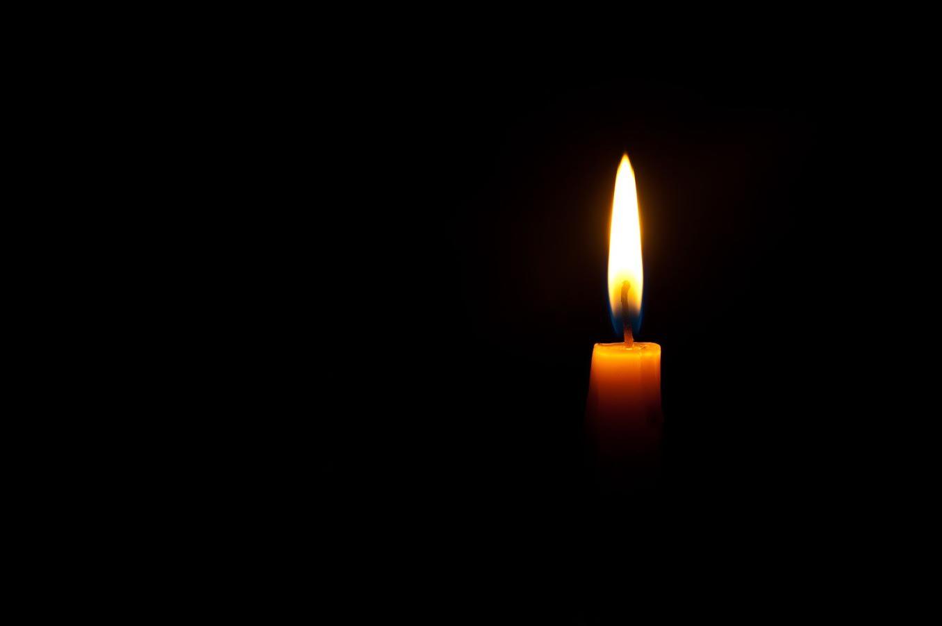Tänd ett ljus i stugan och njut av tystnaden